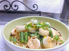 Try a zesty twist on your regular pasta with this lemon-cilantro shrimp pasta recipe. Guaranteed to be a success at your dinner table!
