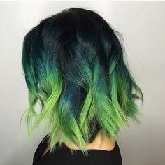 Idées de couleur de cheveux verts - bob courts avec colorant ombre