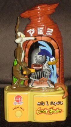 Looney Tunes Candy Hander Dispensers Marvin the Martian Tasmanian Devil Wile Coyote Road Runner Taz $12