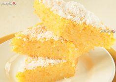 Jest to odpowiednie miejsce dla miłośników ciast. Wypróbuj nasz przepis. Dziś pomysł na cytrynowe ciasto. Do jego wykonania potrzebujesz: jajek, masła, cukru, cytryny oraz mąki.