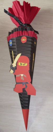 Schultuete-Zuchertuete-Ninja-rot-2-Ninjago-Handarbeit