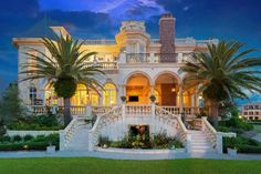 Luxury Mansion Double-Staircased Entry