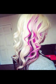 Pretty blonde and pink hair :) thinking about doing my hair like this:)