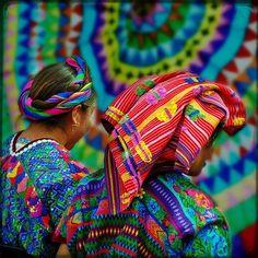 Mujer maya en el mercado