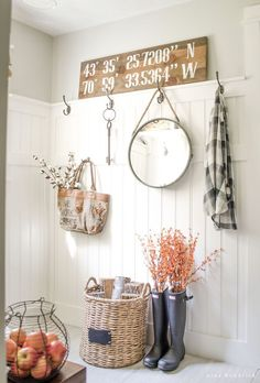 Farmhouse Mudroom- Modern Farmhouse Home Tour | Nina Hendrick Design Co…