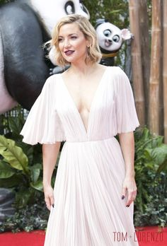 Kate-Hudson-Kung-Fu-Panda-2-Movie-Premiere-Red-Carpet-fashion-J-Mendel-Tom-Lorenzo-Site (6)