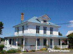 Colonial, Bas Saint Laurent, Le Village, Quebec, Farmhouse, Canada, Mansions, House Styles, Montreal