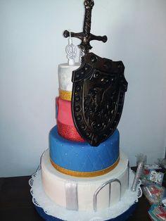 Super torta Castillo Medieval  en budin hamburgues y torta de manteca