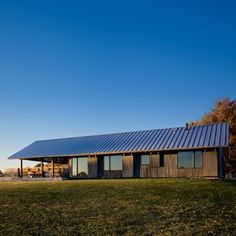 Farm house in Tennessee/  Architects: Brian Ambroziak, Tricia Stuth, Ted Shelton and Katherine Ambroziak