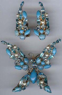 Schreiner Vintage Blue Rhinestone Trembler Butterfly Pin Earrings Set | eBay