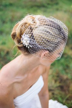 Veils bridal Birdcage veil with rhinestone comb by BridesBoutik, $42.90
