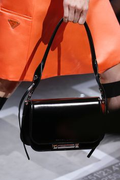 Prada Spring 2019 Ready-to-Wear Collection - Vogue Prada Spring abb36e75cf53c