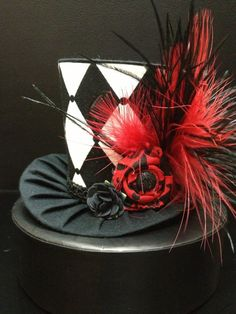 Black and White Mad Hatter Mini Top Hat  Great by daisyleedesign