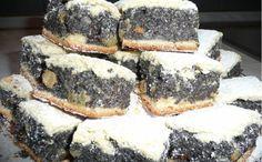 A nagyik sok finom süteményt készítenek, de nekem ez az egyik kedvencem! Ebből a finomságból ha csak egy tepsivel sütök, pillanatok alatt elfogy! :) Készítsd el és rájössz, hogy érdemes dupla adagot sütni belőle! Hozzávalók: 30 dkg liszt...