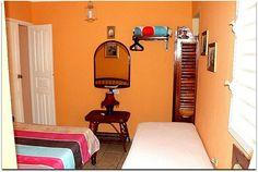 Vista de una de las habitaciones. Cuba, Trinidad, Discos, Restaurants
