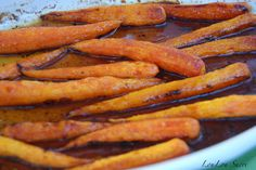 LouLou Sucre: Honey Balsamic Roasted Carrots
