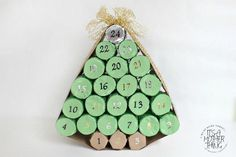 This Adorable Toilet Paper Roll Advent Calendar is a kid-friendly recycled Christmas craft that you're going to love making as a family! Homemade Christmas Gifts, Christmas Gift Guide, Christmas Countdown, Simple Christmas, Christmas Diy, Merry Christmas, Christmas 2019, Diy Christmas Decorations With Toilet Rolls, Party