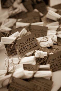 Handkerchief wedding favors - so cute! Modern Wedding Favors, Honey Wedding Favors, Homemade Wedding Favors, Vintage Wedding Favors, Creative Wedding Favors, Inexpensive Wedding Favors, Edible Wedding Favors, Wedding Favors For Guests, Bridal Shower Favors
