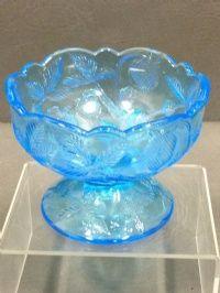 Search Results: blue glass - shopgoodwill.com