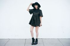 Get this look: http://lb.nu/look/7945942  More looks by Amy Roiland: http://lb.nu/afashionnerd  Items in this look:  Bird On A Wire Dress   #retro #romantic #vintage