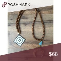 """🆕Cole Necklace Betsy Pittard Designs  Horn Necklace with gold detail, turquoise slab & wooden beads  Size: Necklace 33""""  Total Length 21""""  Handmade in Augusta Georgia Jewelry Necklaces"""