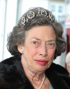 Princess Thyra's Sapphire Tiara  Currently owned by Princess Elisabeth, this sapphire and diamond tiara was originally owned by Princess Thyra, who left the piece to her niece, Princess Caroline-Mathilde. Elisabeth, Caroline-Mathilde's daughter, later inherited the tiara, which features large diamond elements with sapphire center stones.