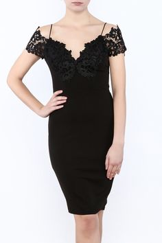 Black mini bodycon dress with a sweetheart neckline, crochet detailing bust line and sleeves. Valentines Day Dresses, Bodycon Dress, Formal Dresses, Crochet, Sleeves, Black, Fashion, Dresses For Formal, Moda