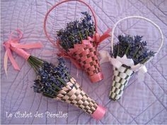 à faire : how to weave lavender basket Lavender Wands, Lavender Crafts, Lavender Sachets, Lavender Flowers, Dried Flowers, Lavender Ideas, Lavender Fields, Craft Projects, Projects To Try