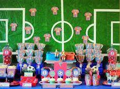 Festa infantil de futebol colorida