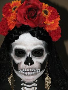 This is perhaps the creepiest Day of the Dead makeup I have seen yet. 2012 Halloween Make-up Looks: Leticia Torre