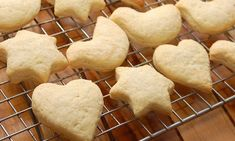 How to Make Butter Cookies. Butter cookies—also known as Dutch biscuits—are delicious, crispy cookies that are quick and easy to make. Use a cookie press to turn the dough into beautiful sha. Muffins, Crispy Cookies, Cookie Press, Vanilla Cookies, Dessert Spoons, Baking Set, Vanilla Essence, Oven Racks, Coffee Shop