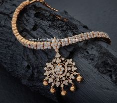 An aesthetically pleasing hand made traditional Addige necklace with round cut diamonds in close setting made in yellow gold from Raj diamonds. Jewelry Design Earrings, Gold Earrings Designs, Gold Jewellery Design, Necklace Designs, Jewelry Sets, Diamond Jewellery, Necklace Ideas, Handmade Jewellery, Jewelry Findings