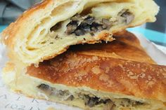 Mushroom and mozzarella croissant! Happiness in a pastry!