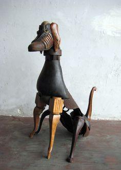 Miquel Aparici – Dog assemblage