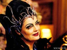 gorgeous witches   ... The Big Screen's Bitchiest Queens And Witches   6   Socialite Life