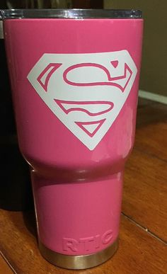 Superman tumbler by JamiesJarsandMore on Etsy
