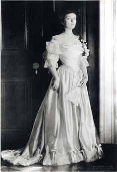 Alice Formal Dress  Theodore Roosevelt's daughter  Edith's step daughter