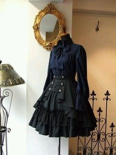 Best Ideas For Skirt Black Outfit Gothic Lolita Source by ideas fiesta Pretty Outfits, Pretty Dresses, Beautiful Dresses, Old Fashion Dresses, Fashion Outfits, Dress Fashion, Fashion Boots, Fashion Clothes, Mode Lolita