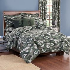 Browning Green and White Camo Bedding is for those like the a classic, yet modern camouflage pattern in shade of green, white, and black.