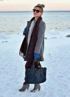 Grey Zara bow coat with burgundy hues, winter outfit - bijuleni