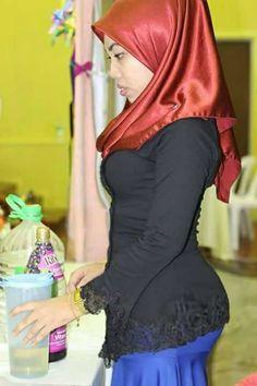 Her Crochet – Her Crochet – Islamic Clothes Photos Arab Girls Hijab, Girl Hijab, Muslim Girls, Hijab Outfit, Beautiful Muslim Women, Beautiful Hijab, Kebaya Hijab, Indonesian Girls, Hijab Chic