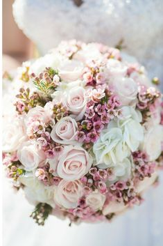 Wedding Colors Neutral Champagne Bouquets 15 Ideas For 2019 Floral Wedding, Wedding Colors, Wedding Flowers, Wax Flowers, Bride Flowers, Bouquet Flowers, Green Wedding, Bridesmaid Bouquet, Wedding Bouquets