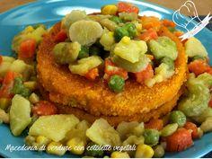 Macedonia di verdure con cotolette vegetali tante verdure fresche di stagione per una cena leggera ma super colorata e appetitosa.