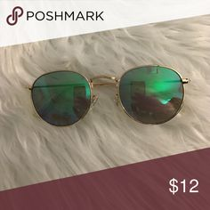 Sunglasses Perfect condition-worn Accessories Sunglasses