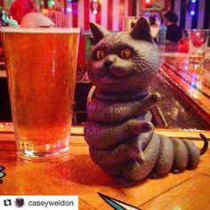 @worldof3a is producing some weird ass toys these days and I like it #Repost @caseyweldon with @repostapp  I got to see the #kittypillar for a quick beer before he goes off to #nycc and omg he's a handsome dude. Thank you @worldof3a this is awesome.