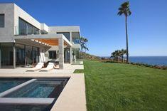 15-Luxury-Property-Malibu-California-14