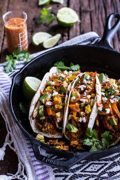 Easy Chicken Fajita Enchiladas + Spicy Tex-Mex Special Sauce // swap in corn tortillas instead of flour for GF