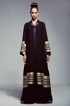 #Arab #abaya #kaftan #caftan #jalabiya #bisht #arabfashion #dara #muslimfashion #asianfashion #middleeastern #luxury #elegant #modest