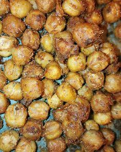 Paahdetut ja maustetut kikherneet (200c 30min)