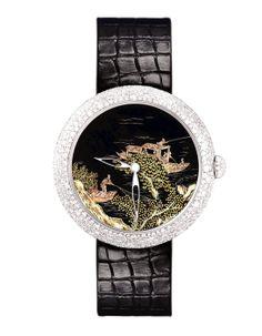 Chanel Horlogerie montre Mademoiselle Privé décor Coromandel http://www.vogue.fr/joaillerie/shopping/diaporama/l-invitation-au-voyage-montres-metiers-d-arts-japonisants/16840/image/894066